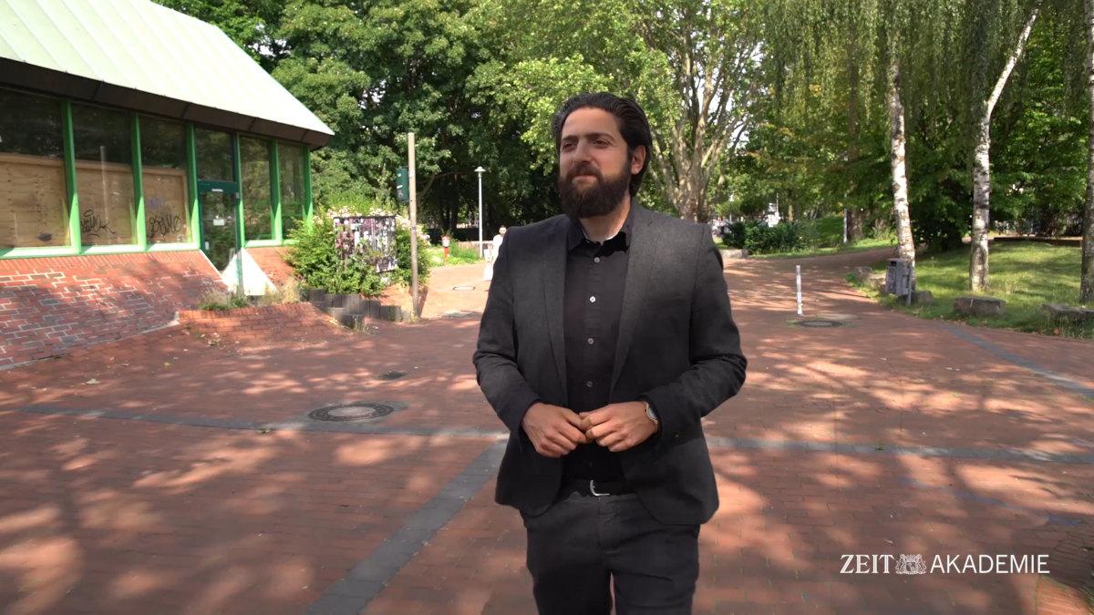 ZEIT-Akademie-Dozent Prof. Dr. Aladin El-Mafaalani